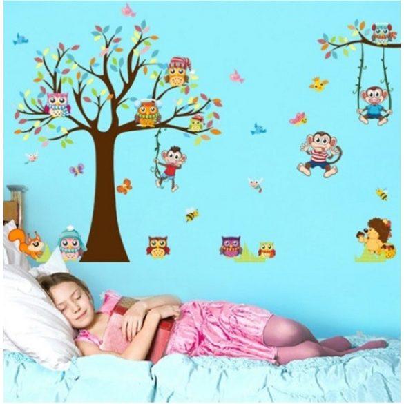 Baglyok és majmok játszótere falmatrica