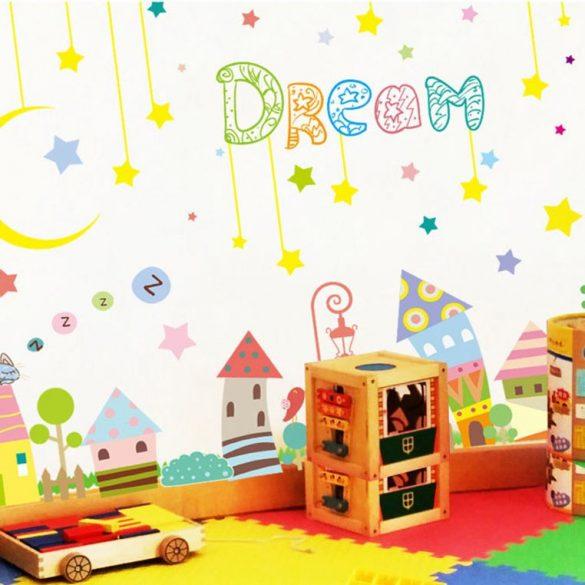Egy kiscica álma falmatrica