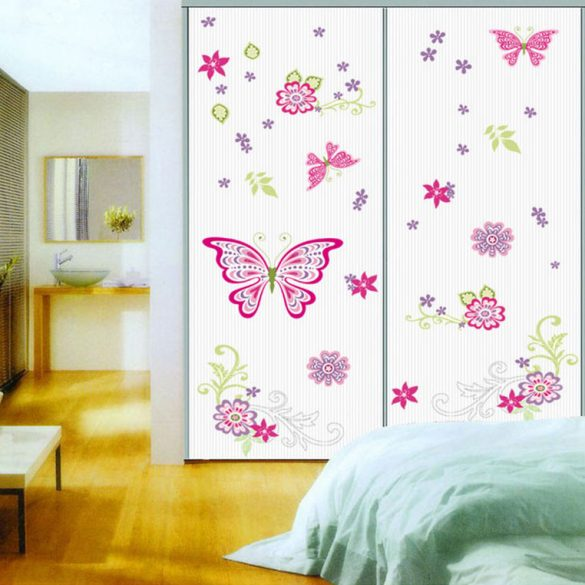 Színpompás pillangók és virágok falmatrica